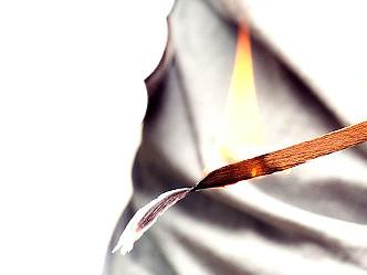 8-2:葉巻にまつわる勘違い シダーで着火