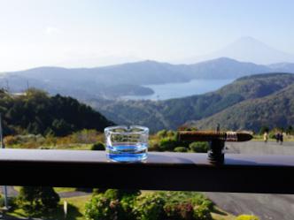 MAZDAターンパイク箱根|富士山とシガーを